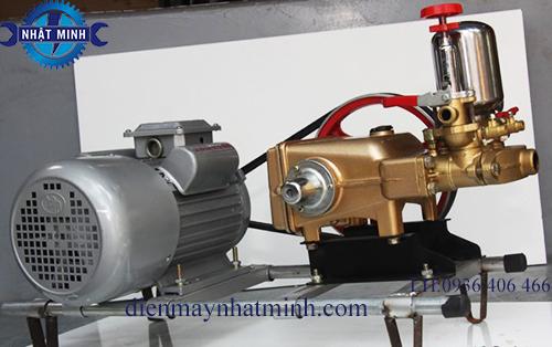 máy rửa xe dây đai HL50 2