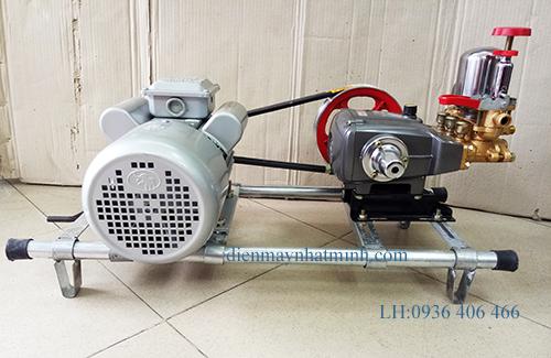 máy rửa xe máy TT30AB