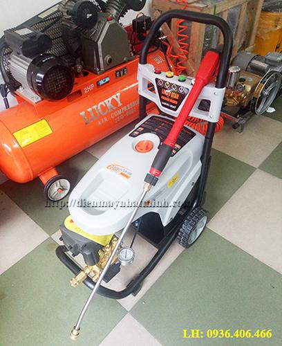 Máy rửa xe cao áp 25AT 01