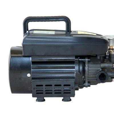 Mặt nghiêng máy rửa xe mini Black Knight A7